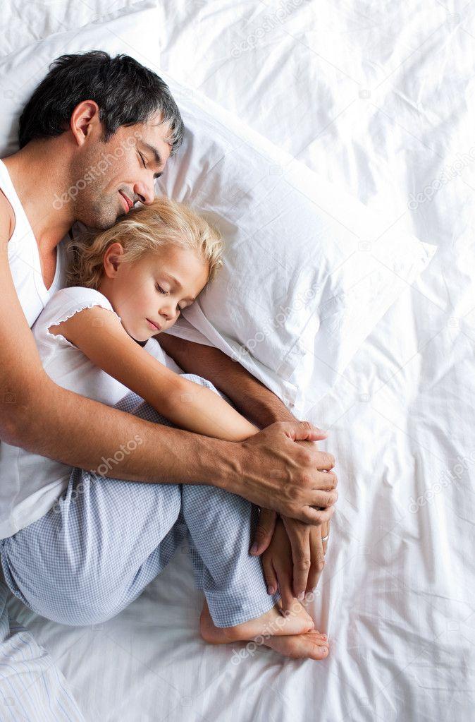 как переспать с дочкой