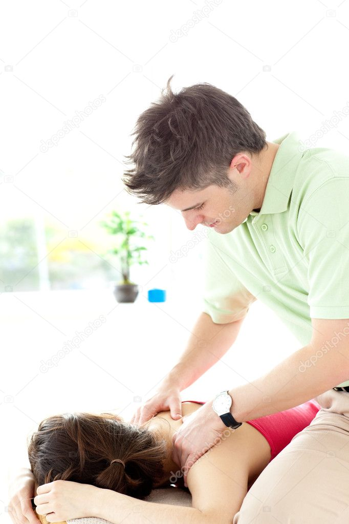 Тайка делает массаж мужчине фото 550-801