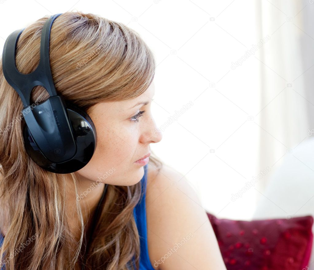 Скачивай музыку ак & тати - большая дама в отличном качестве или слушай онлайн!