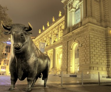 Bull sculpture at stock exchange, Frankfurt