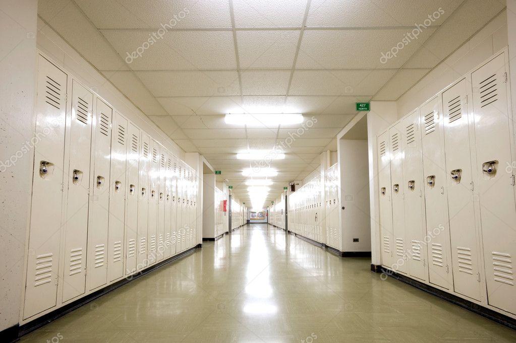 Pasillo colegios fotos de stock chrishowey 10271370 - Fotos de pasillos de casas ...