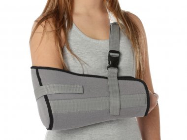 Woman wearing an arm brace