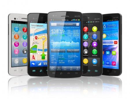 Photo pour Ensemble de smartphones à écran tactile isolé sur fond réfléchissant blanc - image libre de droit