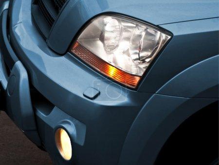 Photo pour Phares de voiture . - image libre de droit