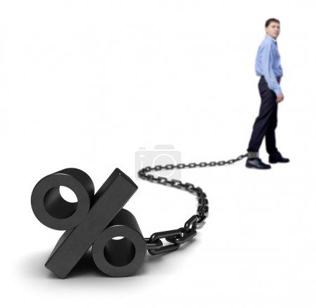 Photo pour Taux d'intérêt. Un homme d'affaires affiche un pourcentage élevé. - image libre de droit