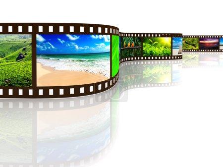 Photo pour Film photo avec réflexion sur blanc - image libre de droit