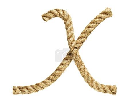 Photo pour Vieux cordages de fibres naturelles plié sous la forme de la lettre x - image libre de droit