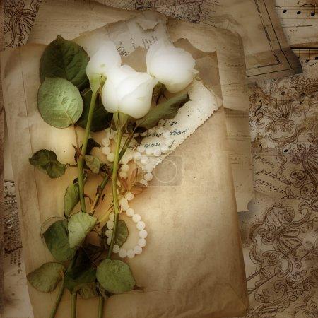 Photo pour Grunge fond de roses et de dentelle pour les félicitations et les invitations - image libre de droit