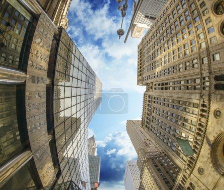 Photo pour Majesté des gratte-ciel de new york city, Etats-Unis. - image libre de droit