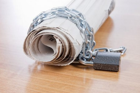 Newspapers with chains