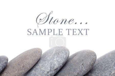 Photo pour Groupe de pierres isolées sur fond blanc - image libre de droit