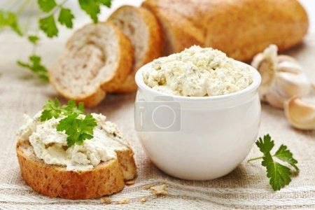 Fresh cream cheese and bread
