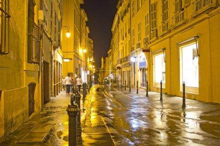 Photo pour Rue d'Aix-en-Provence, sud de la France - image libre de droit