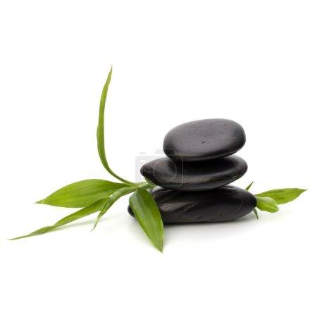 Photo pour Zen balance de cailloux. concept spa et des soins de santé. - image libre de droit