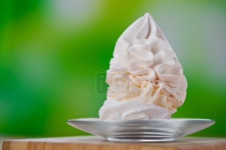 Dessert (meringue, whipped cream, ice cream)