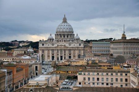 Photo pour Basilique Saint-Pierre au Vatican, Rome, Italie - image libre de droit