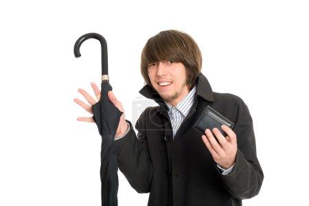 Photo pour Panique effrayé jeune homme a donné son portefeuille le voleur présumé . - image libre de droit