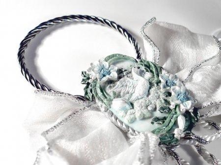 Photo pour Décoration de mariage isolée sur fond blanc - image libre de droit