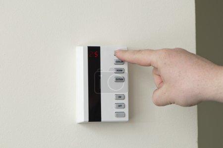 Foto de Panel de sistema de aire acondicionado - Prensas del dedo - Imagen libre de derechos