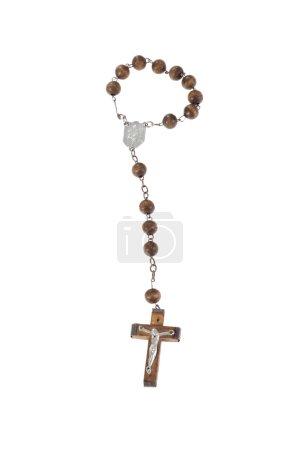 Photo pour Perles de chapelet en bois, isolées sur le blanc - image libre de droit