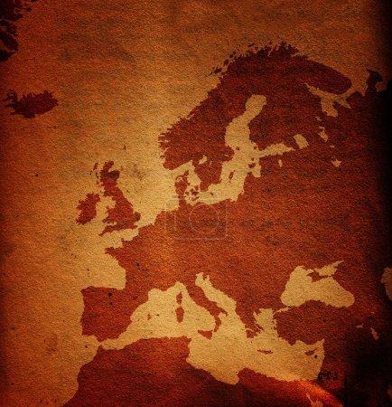 Photo pour Carte de l'Europe vieille et sale grunge, texture du papier utilisée comme fond - image libre de droit