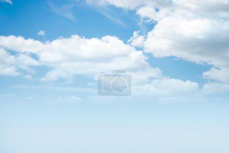 Photo pour Fond abstrait avec ciel solaire - image libre de droit