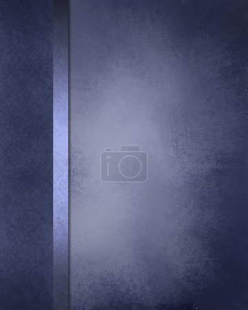 Photo pour Formel élégant fond bleu avec texture grunge vintage avec cadre vignette noir foncé sur le bord de la texture de parchemin et ruban bleu clair - image libre de droit
