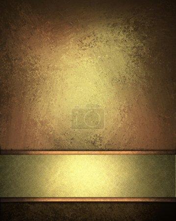 Photo pour Élégant fond marron pêche en détresse avec texture et mettre en évidence riche conception de bande d'or disposition - image libre de droit