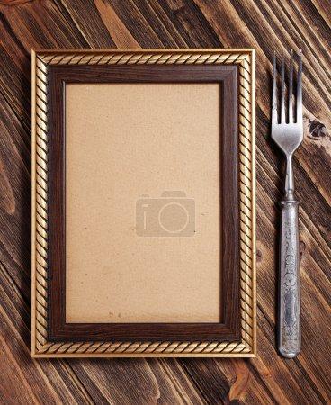 Photo pour Menu sur la planche de bois - image libre de droit