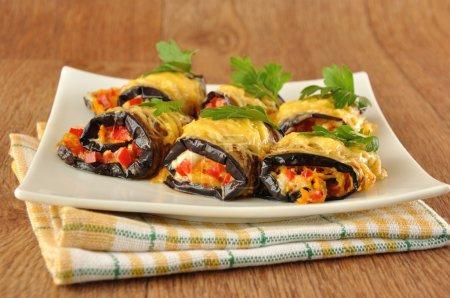 Eggplant rolls stuffed with cheese