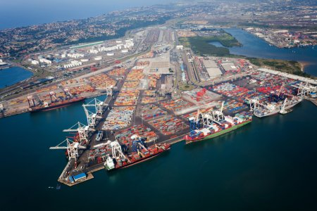 Photo pour Ci-dessus vue du port de Durban, Afrique du Sud - image libre de droit