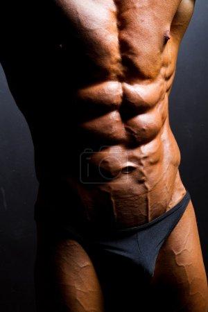 Bodybuilder abdomen