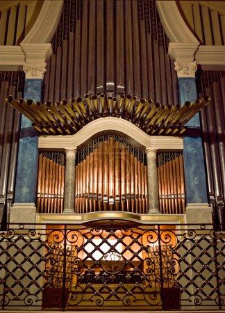 Photo pour L'orgue - image libre de droit