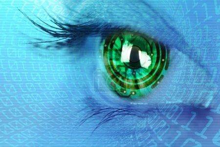 Photo pour Iris oculaire et circuit et concept internet binaire - image libre de droit