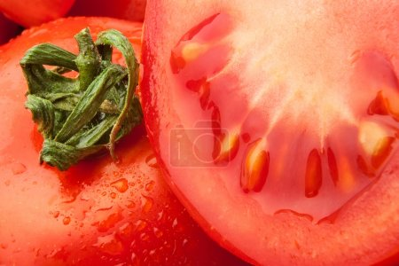 Cut tomato closeup
