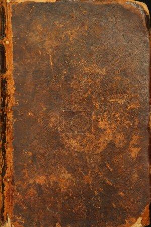 Photo pour Photo de la couverture en lambeaux d'une bible de 1786. - image libre de droit