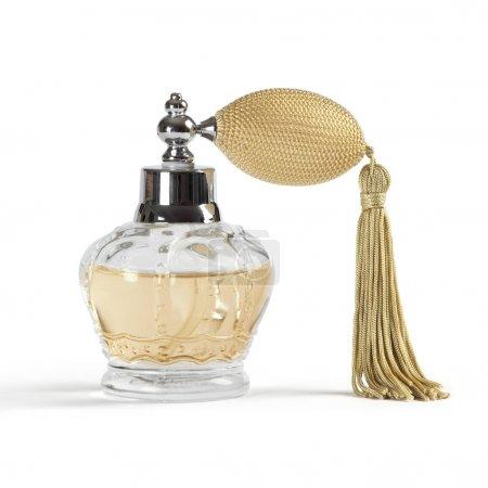 Photo pour Photo d'un vaporisateur de parfum en forme de Couronne, isolé sur fond blanc. - image libre de droit