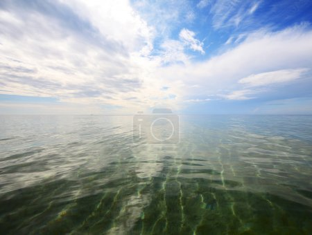 Photo for Clear sea water and blue sky with clouds - Royalty Free Image