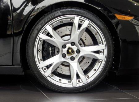 Lamborghini Gallardo wheel