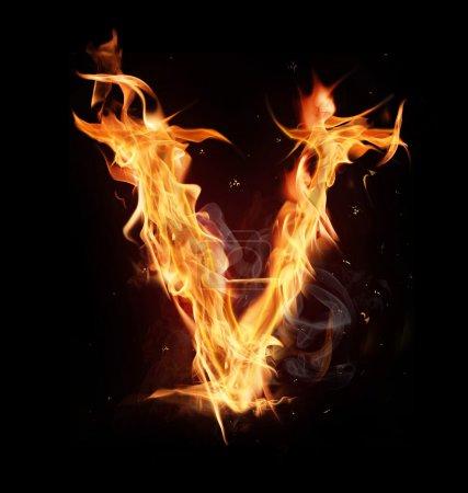 """Letra del alfabeto de fuego """"V """""""