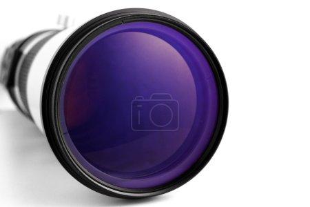 Photo pour Lentille de la caméra sur un fond blanc - image libre de droit