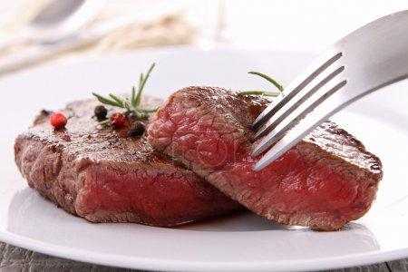 Beefsteak and vegetable