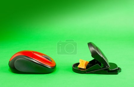 Computer mouse with a mousetrap