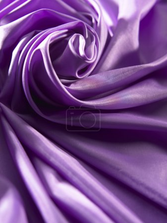 Photo pour Gros plan du textile satin violet - image libre de droit
