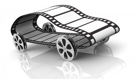 Photo pour Une voiture faite avec quatre bobines de film comme roues et une bande de film, concept d'industrie cinématographique ou film d'action, mais aussi le streaming de film rapide (rendu 3d ) - image libre de droit