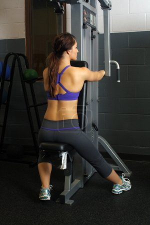 Beautiful Female Athlete at a Gym (8)