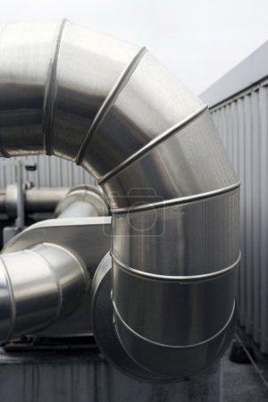 Large metal ducts