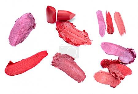 Photo pour Collection de rouge à lèvres divers sur fond blanc. chacun d'eux est abattu séparément - image libre de droit