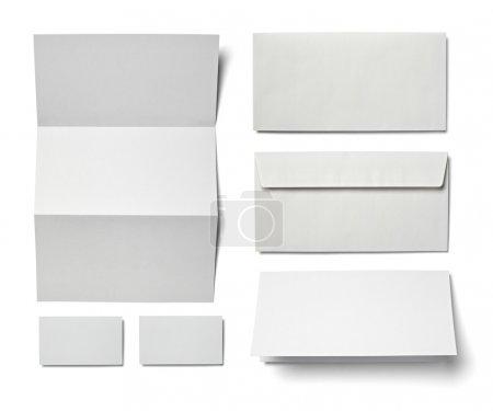 Photo pour Collection de divers papier blanc de blanc sur fond blanc. chacun d'eux est abattu séparément - image libre de droit