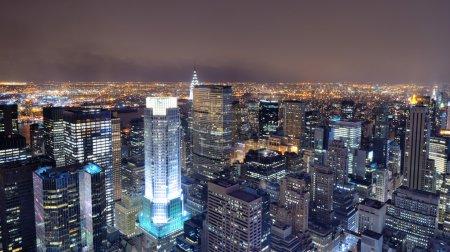 Photo pour Vue aérienne des bâtiments dans la ville de new york. - image libre de droit
